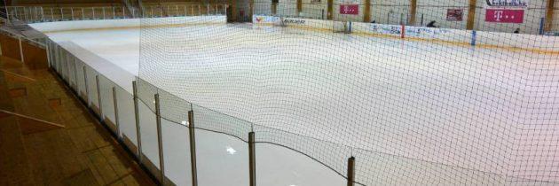 Fradi nélkül a felújított jégcsarnokban